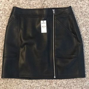Express NWT black leather skirt